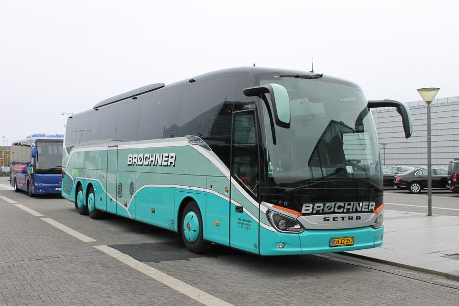 Brøchners Biler 15/CH12257 ved Kastrup Lufthavn den 13. oktober 2019