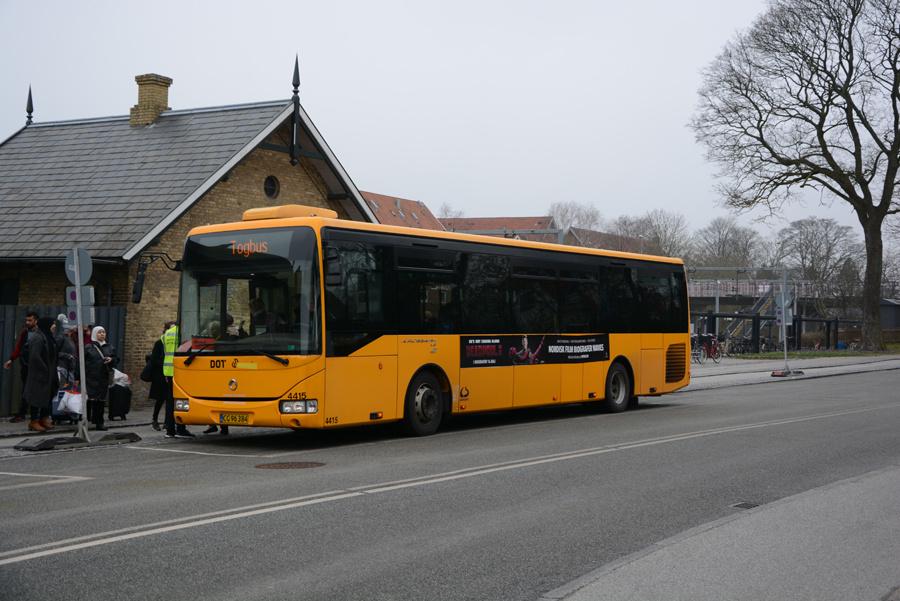 Lokalbus 4415/CG96384 ved Birkerød Station den 15. april 2018