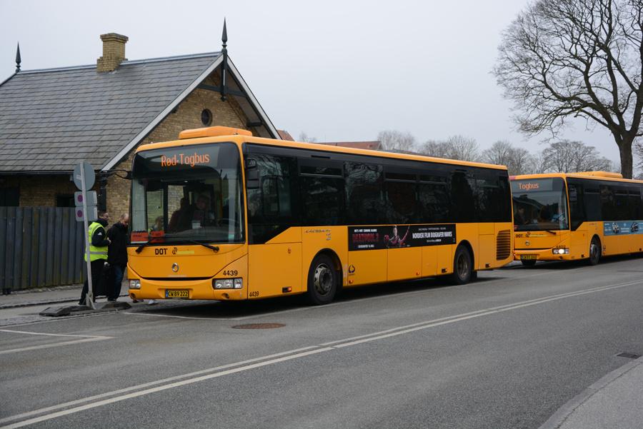 Lokalbus 4439/CW89222 ved Birkerød Station den 15. april 2018