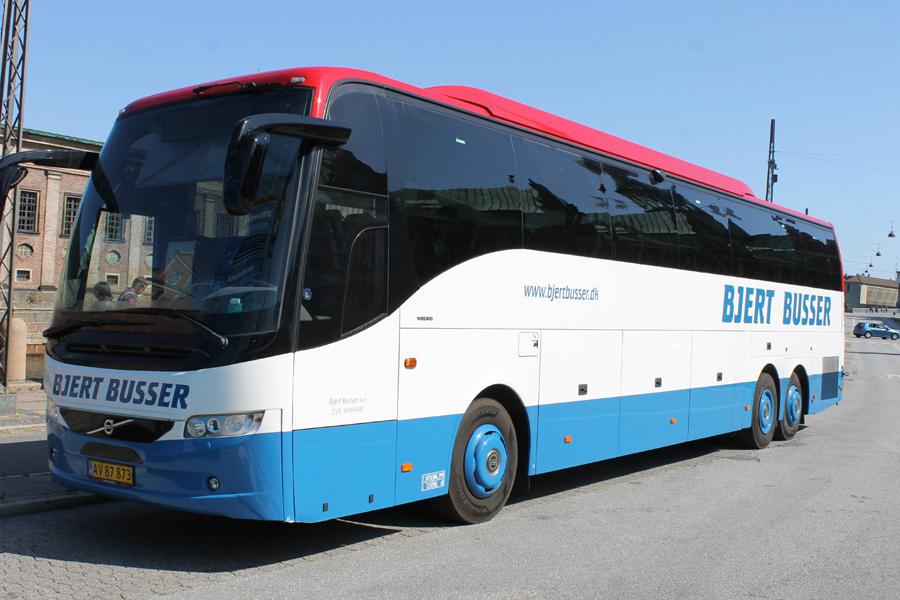 Bjert Busser AV87873 ved Holmens Bro i København den 25. august 2019