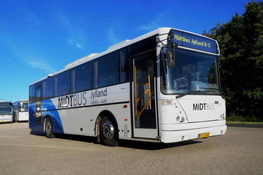 Midtbus Jylland BT13946 i Aars den 5. juli 2019