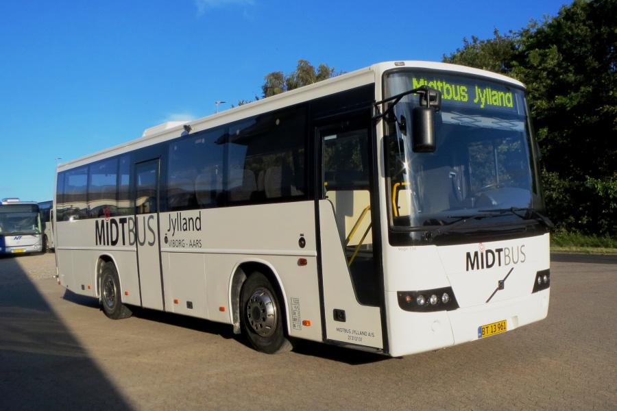 Midtbus Jylland BT13961 i Aars den 5. juli 2019