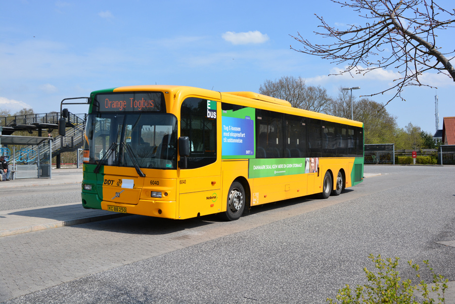 Nobina 6040/XC88250 ved Ølstykke Station den 28. april 2018