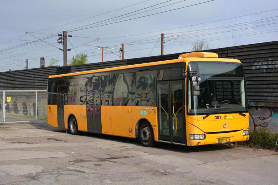 Lokalbus 4422/CW89179 ved Valby Station den 29. april 2018