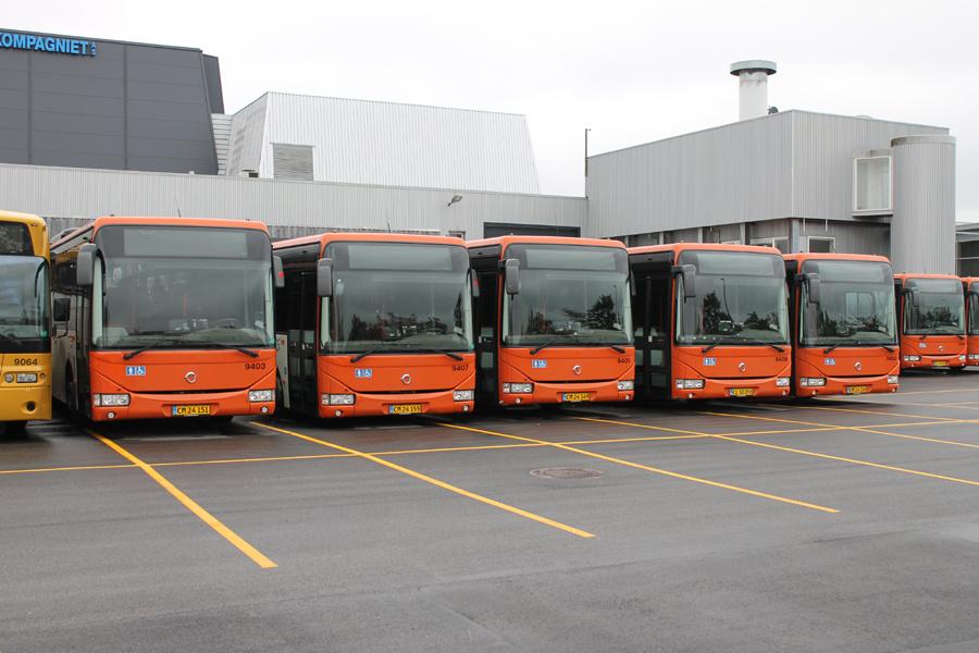 Lokalbus 9403/CM24151, 9407/CM24155, 9401/CM24149, 9409/CL50056 og 9402/CM24150 på Kanalholmen i Hvidovre den 16. oktober 2019