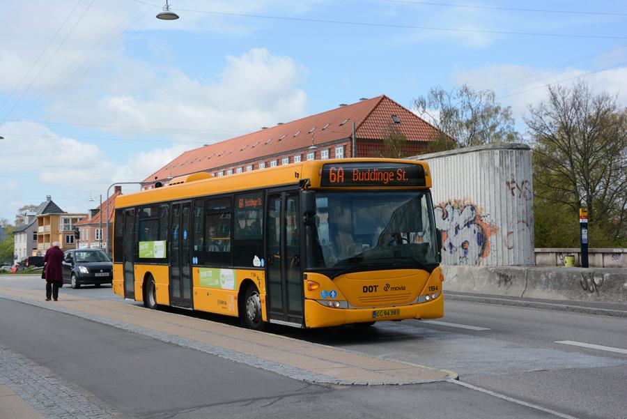 Arriva 1194/CG94303 ved Ålholm Station i Valby den 3. maj 2018