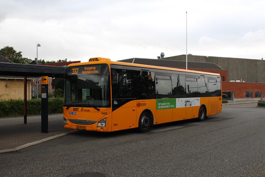 Umove 7663/AW78028 ved Hillerød Station den 7. juli 2019