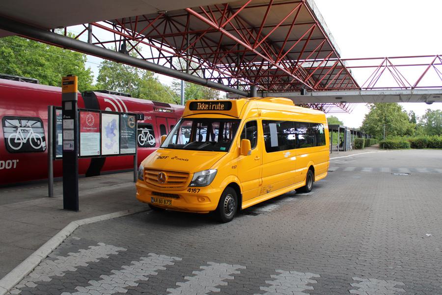 De Blaa Omnibusser 4167/AR80873 ved Farum Station den 7. juli 2019