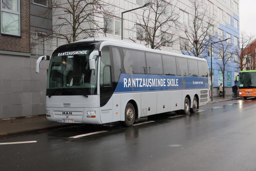 Rantzausminde Skole BX60378 på Vejle Trafikcenter den 5. november 2019