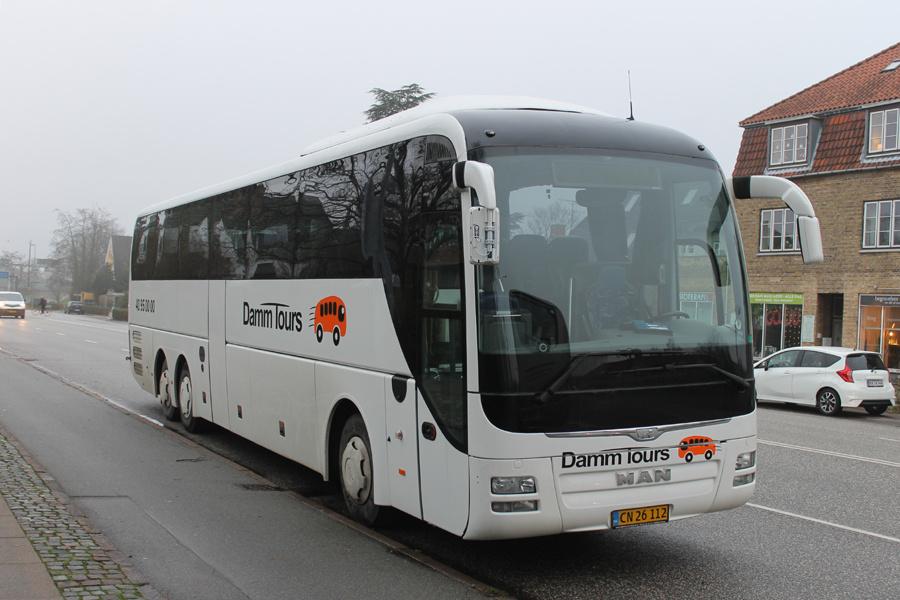 Damm Tours CN26112 på Bernstorffsvej i Gentofte den 20. december 2019