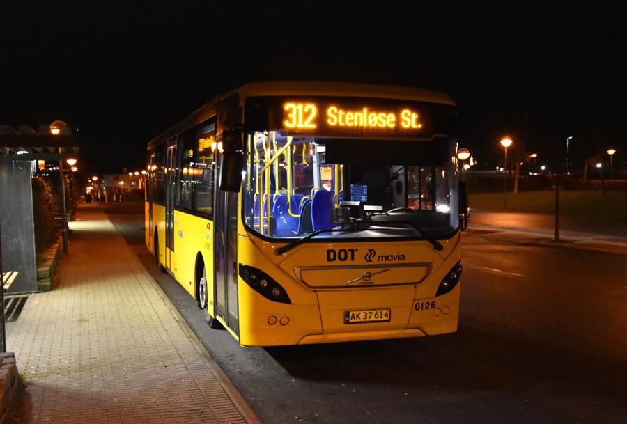 Nobina 6126/AK37614 ved Stenløse Station den 4. december 2019
