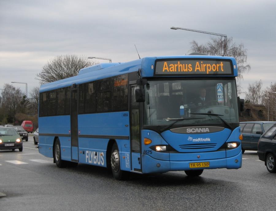 Arriva 8675/TR95130 på Grenåvej i Egå den 17. april 2008