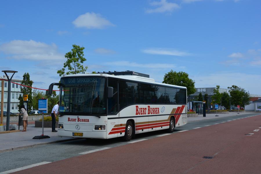Bjert Busser 246/AL95246 ved Herlev Station den 14. juli 2018