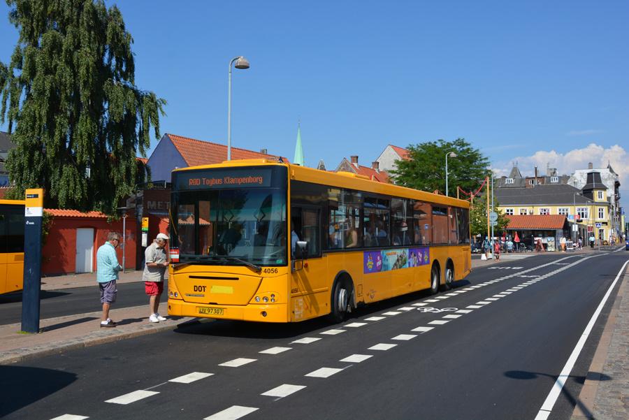 De Blaa Omnibusser 4056/UV97387 ved Helsingør Station den 16. juli 2018