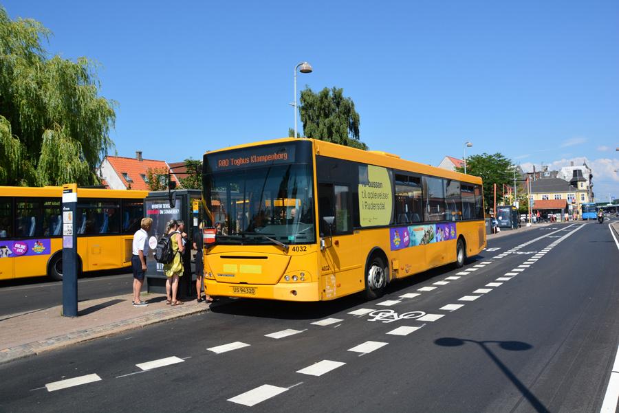 De Blaa Omnibusser 4032/US94320 ved Helsingør Station den 16. juli 2018