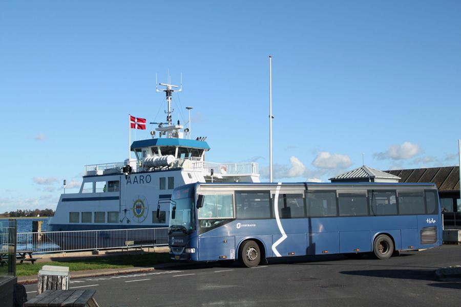 Tide Bus CB56769 ved Aarøsund Færgehavn den 29. oktober 2019