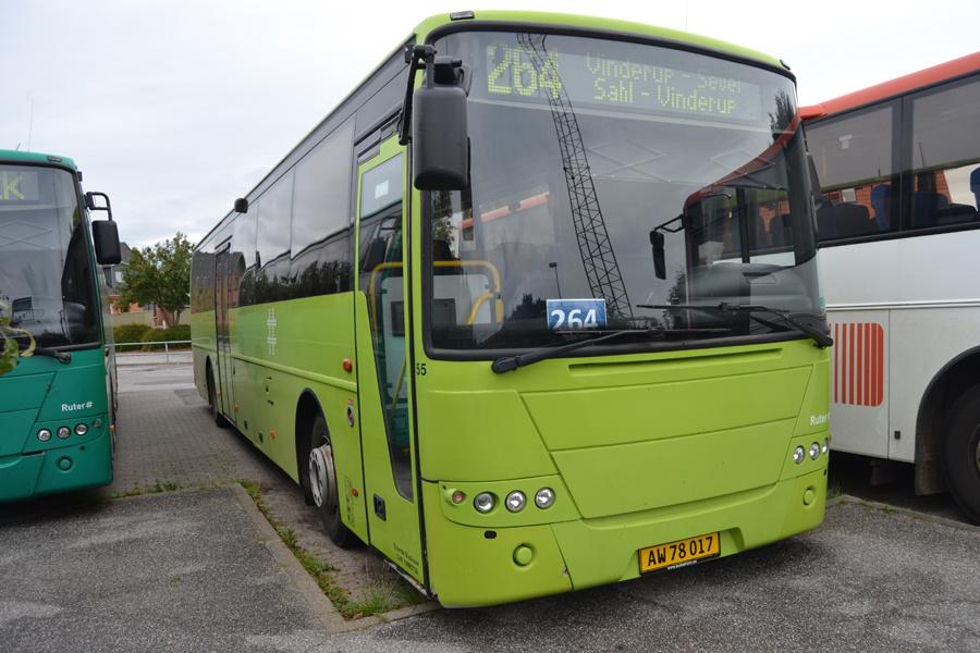 Brande Buslinier 55/AW78017 ved Vinderup Station den 4. september 2016