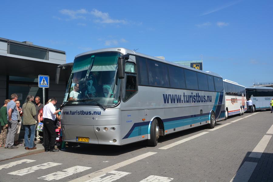 Busselskabet Pletten BF97479 ved Københavns Lufthavn den 7. juni 2014