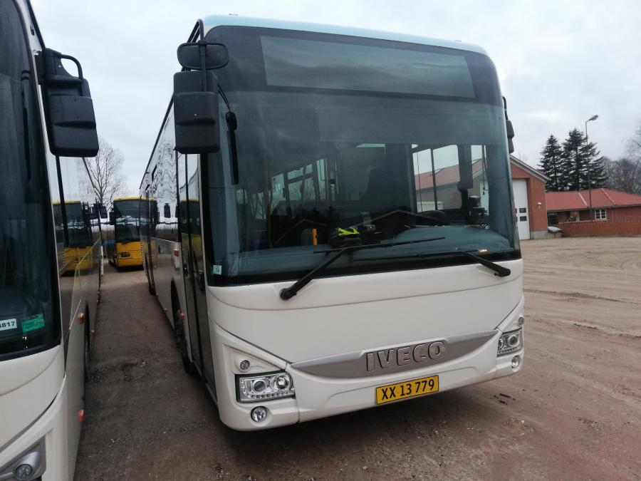 Faarup Rute- og Turistbusser 74/XX13779 i Faarup den 19. marts 2020