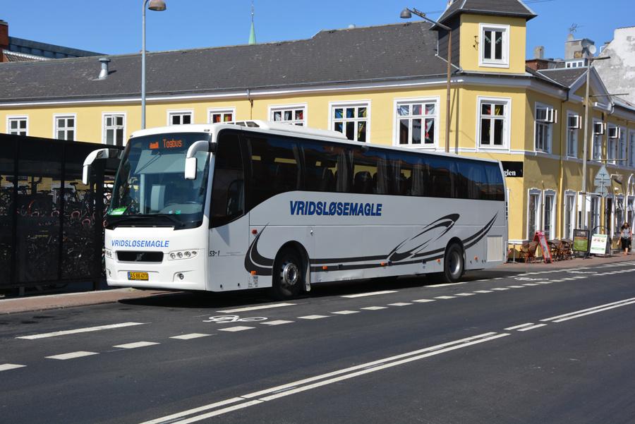 Vridsløsemagle Turistfart 53-1/AS88477 ved Helsingør Station den 31. juli 2018