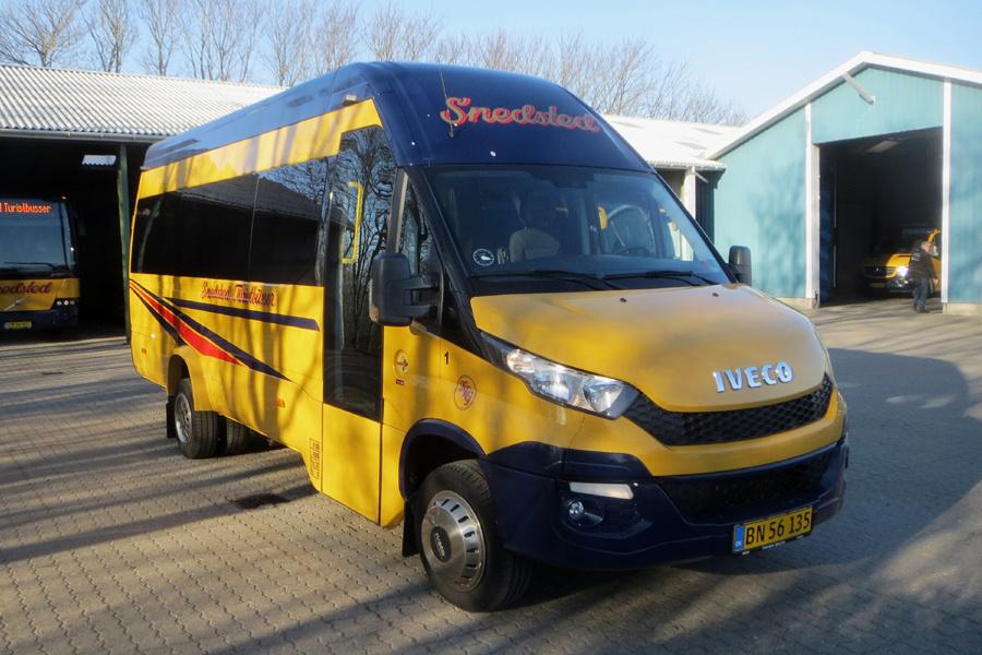 Snedsted Turistbusser 1/BN56135 i Snedsted den 4. april 2020