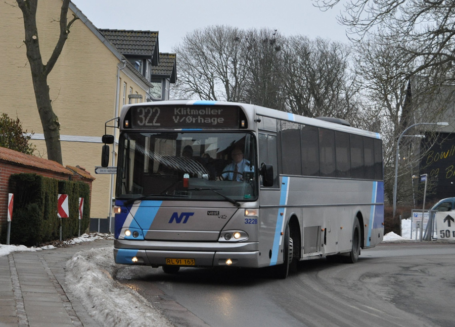 Arriva 3228/RL91163 i Thisted den 2. marts 2011