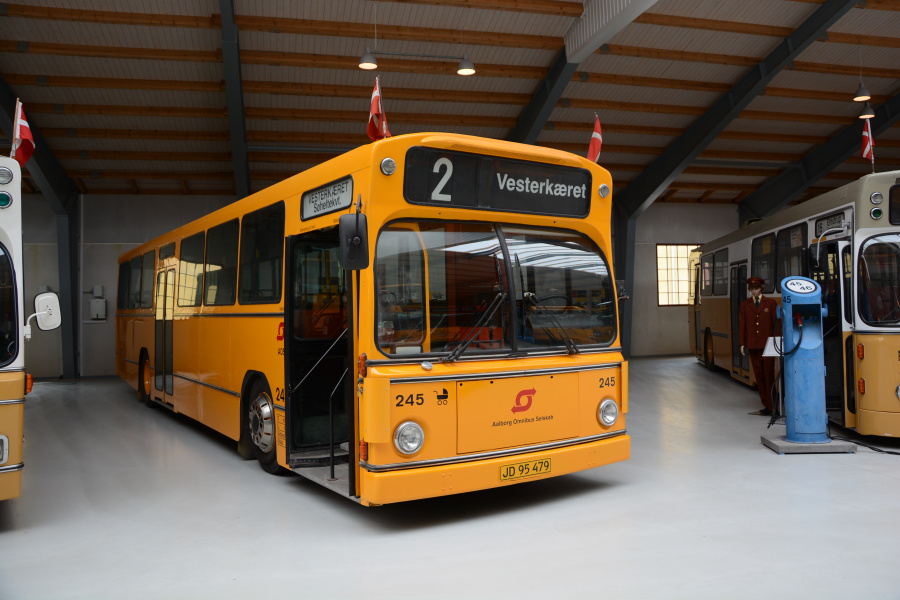 Aalborg Omnibus Selskab 245 på Sporvejsmuseet Skjoldenæsholm den 13. juni 2020
