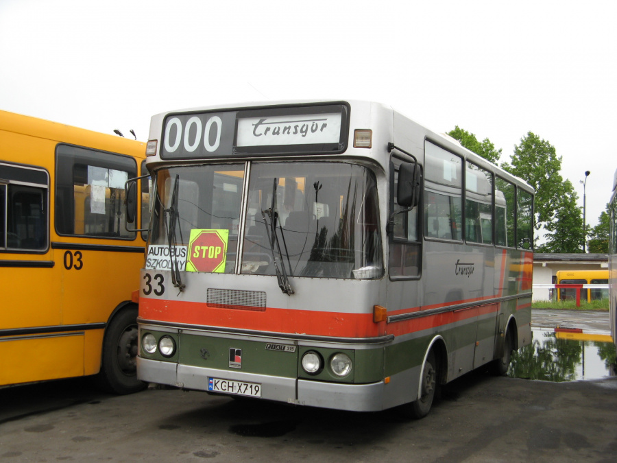 Transgor Myslowice 33/KCHX719 i garagen i Trzebinia i Polen den 16. maj 2007
