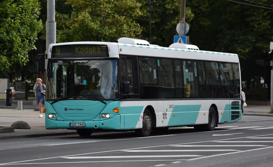 TLT 3423/423TAK på Estonia puiestee i Tallinn i Estland den 6. juli 2020