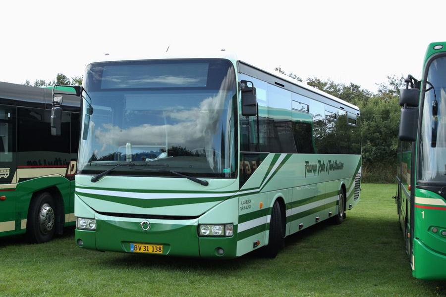 Faarup Rute- og Turistbusser 66/BV31138 ved Ribe Vikinge Center syd for Ribe den 10. september 2020