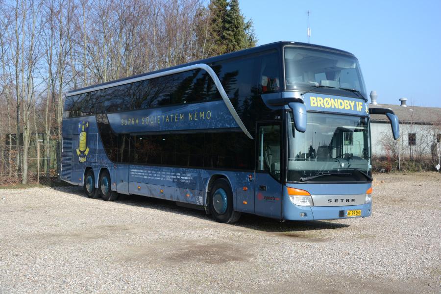 Egons Turist- og Minibusser 139/AF89360 ved garagen i Slagelse den 26. februar 2019