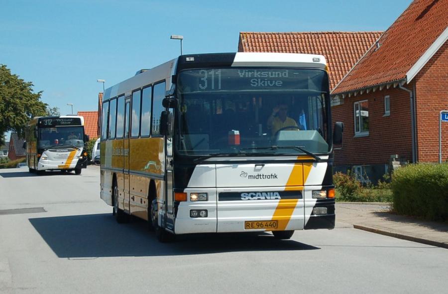 De Gule Busser RE96440 i Højslev den 16. juni 2008