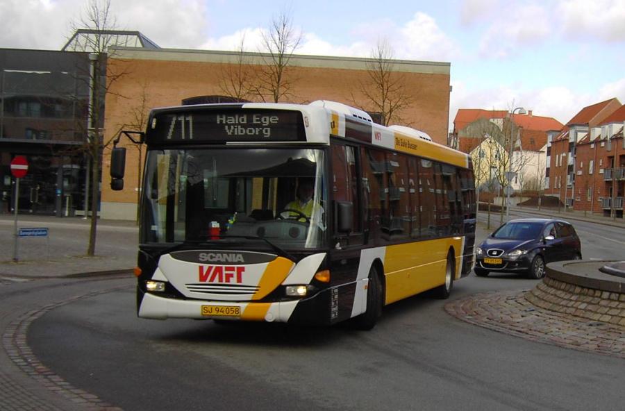 De Gule Busser SJ94058 i Viborg den 16. marts 2008