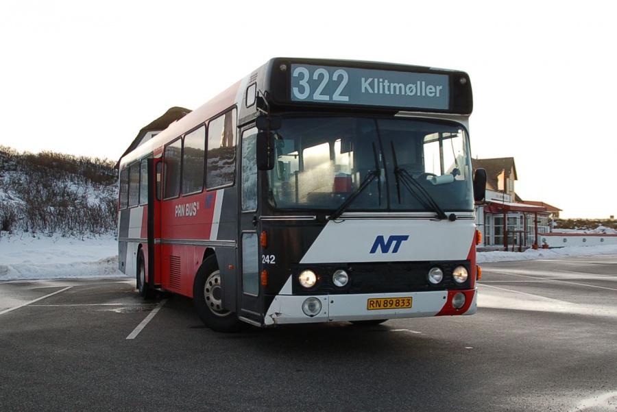 Pan Bus 242/RN89833 i Klitmøller den 1. marts 2009