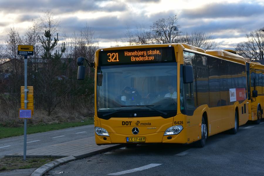 Nobina 6426/CH17487 på Hanebjerg Skole i Brødeskov den 9. januar 2019