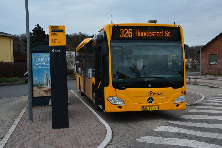 Nobina 6154/AL93792 på Frederiksværk Station den 14. april 2016