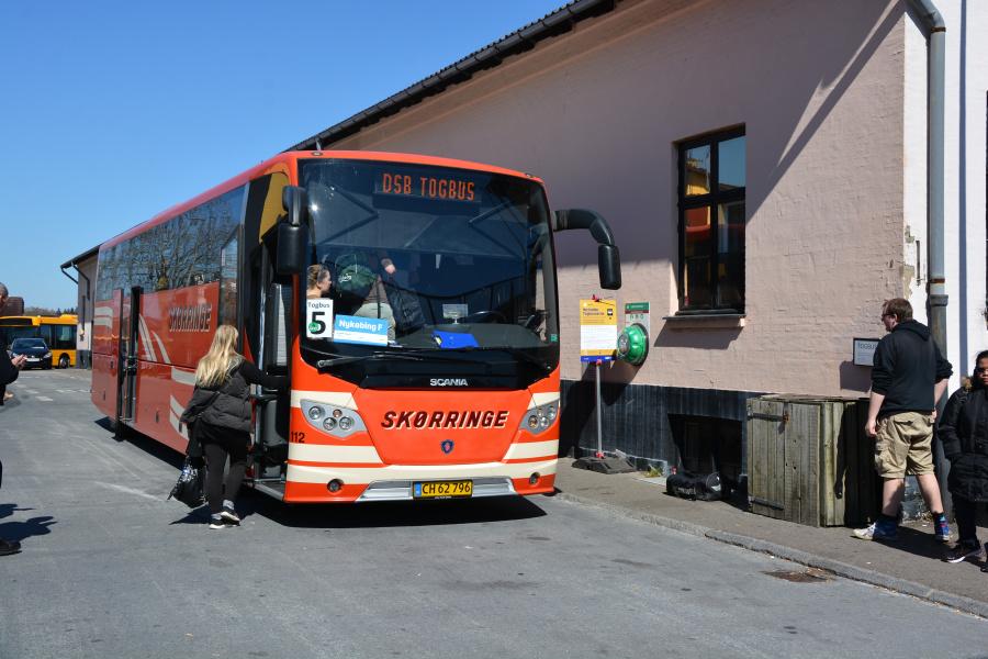Skørringe Turistbusser 112/CH62796 ved Næstved Station den 18. april 2019