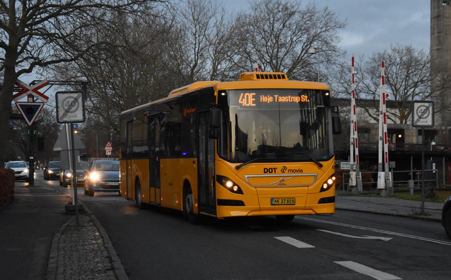 Nobina 6253/AK37616 på Toftebækvej i Lyngby den 16. december 2020