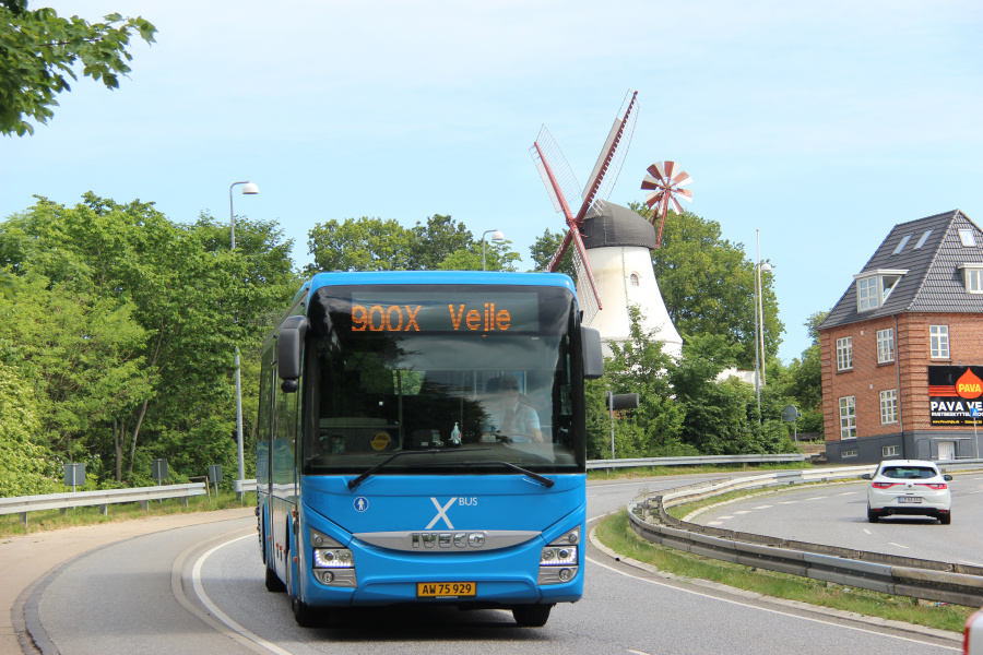 Umove 815/AW75929 på Koldingvej i Vejle den 17. juni 2020