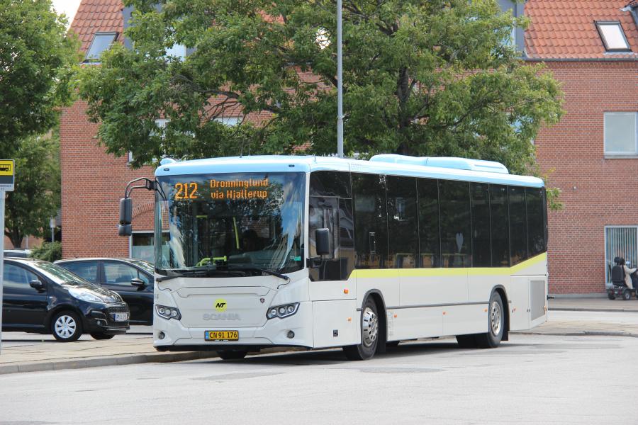 Jørns Rutetrafik 6484/CN91176 ved Brønderslev Station den 8. juli 2020