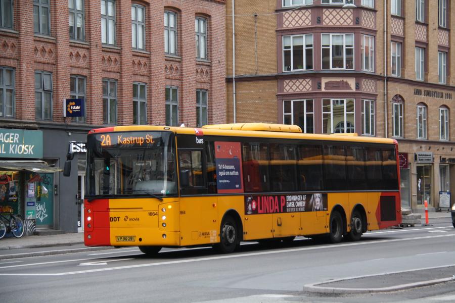 Arriva 1664/VP90291 på Amagerbrogade på Amager den 26. september 2018