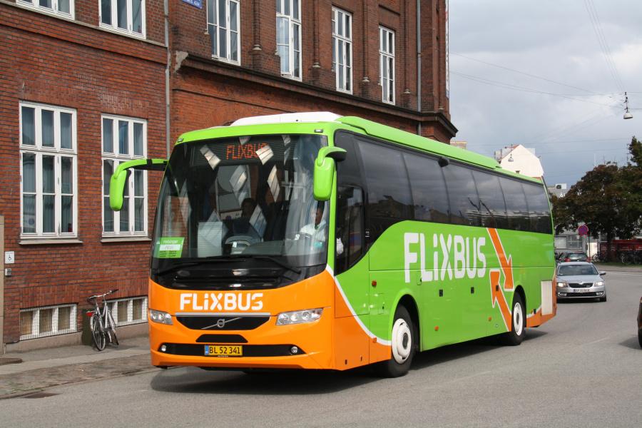 Skovlunde Busser 5/BL52341 i Ny Banegårdsgade i Århus den 31. august 2018