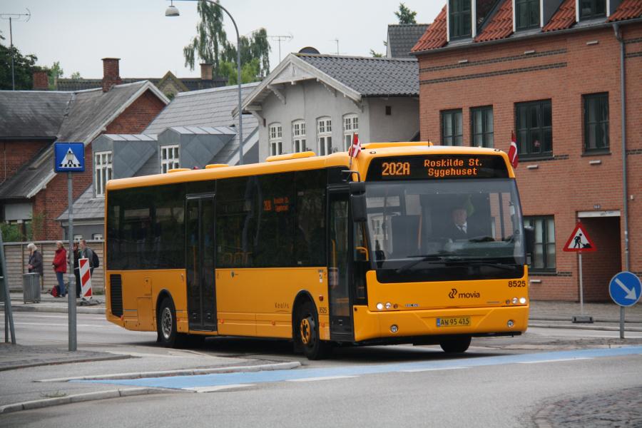 Keolis 8525/AW95415 ved Køgevej/Ny Østergade i Roskilde den 15. juni 2016