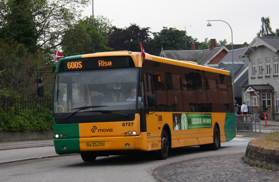 Umove 8727/VJ95795 ved Køgevej/Ny Østergade i Roskilde den 15. juni 2016