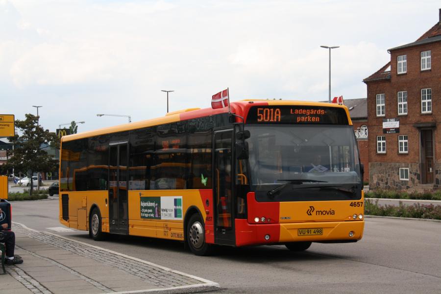 Ditobus 4657/VU91498 ved Holbæk St. den 15. juni 2016