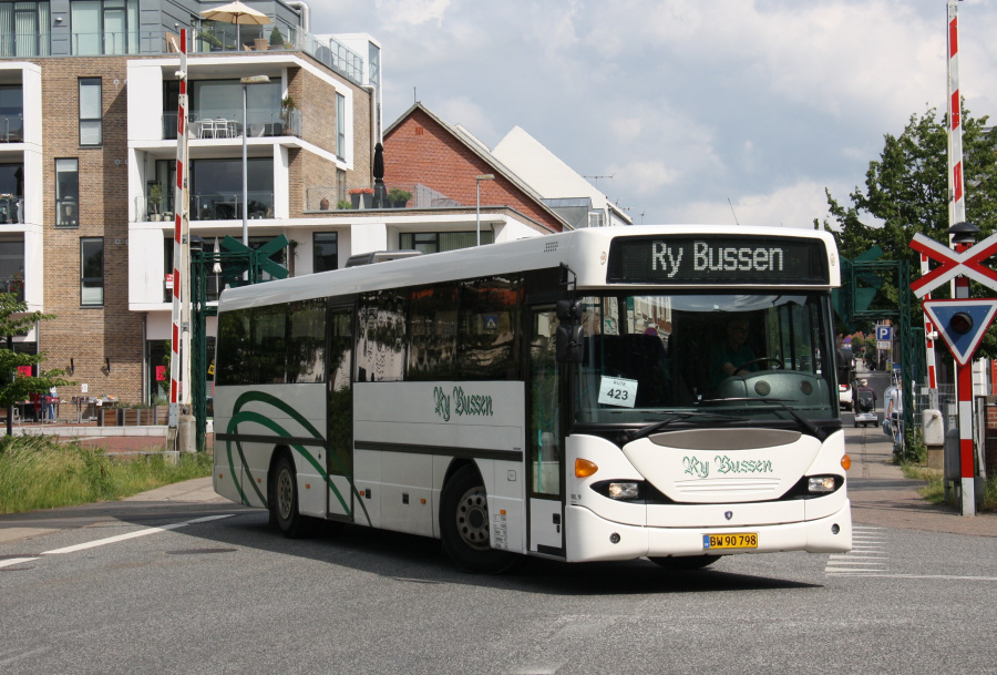 Ry Bussen 9/BW90798 ved Ry St. den 17. juni 2016