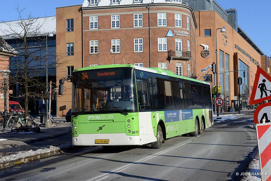 Keolis 3613/XJ94486 på Østre Stationsvej i Odense den 6. februar 2021