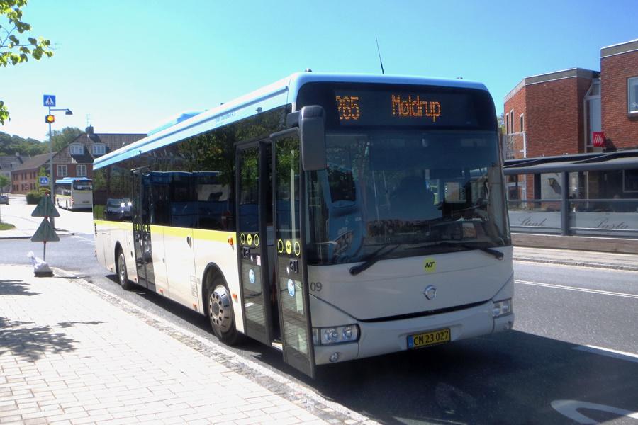 Brdr. Davidsen 09/CR23027 på Hobro Rutebilstation den 31. maj 2021