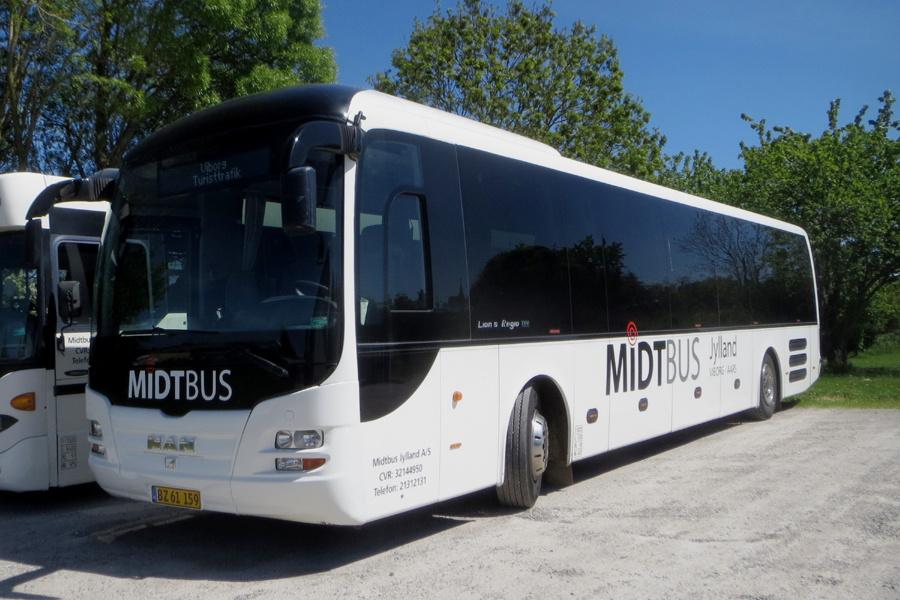 Midtbus Jylland 148/BZ61159 i Viborg den 27. maj 2021