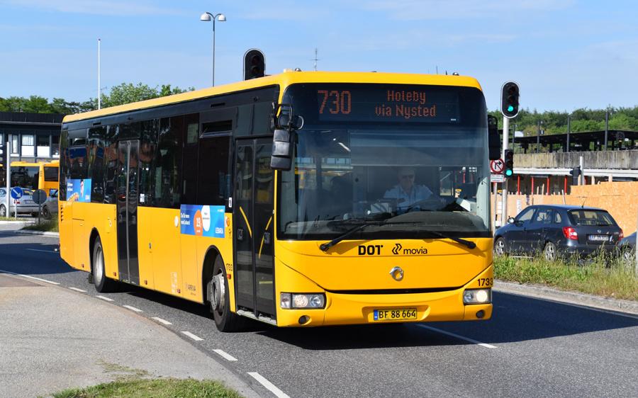 Arriva 1733/BF88664 i Nykøbing F. den 10. juni 2021